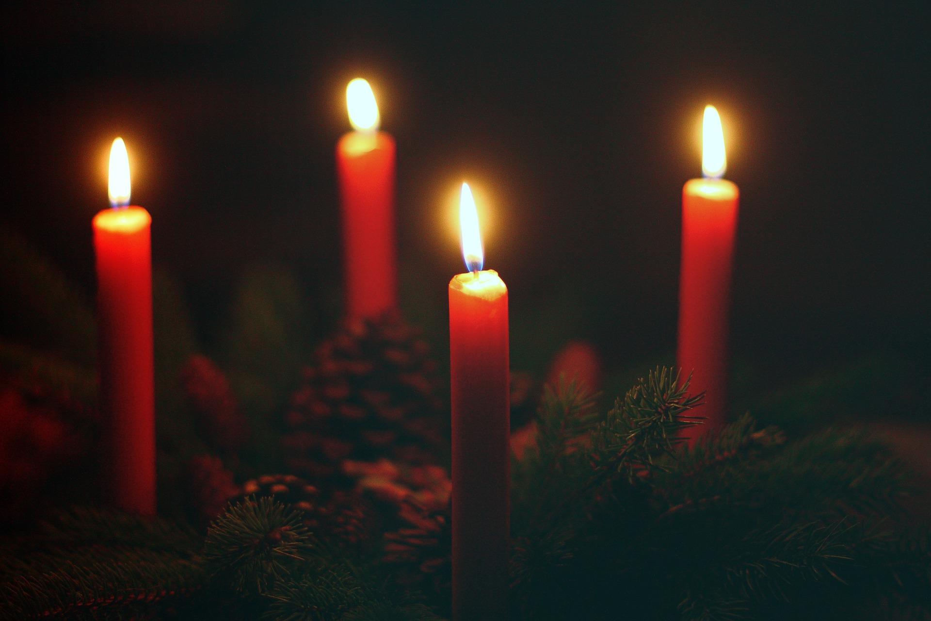 advent-wreath. sternbea via Pixaby. CC0 Creative Commons