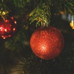 christmas ornaments red. LUM3N via Pixabay. CC0 Creative Commons
