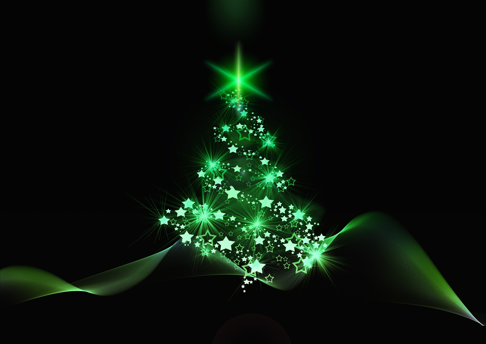 christmas tree green light. geralt via Pixabay. CC0 Creative Commons